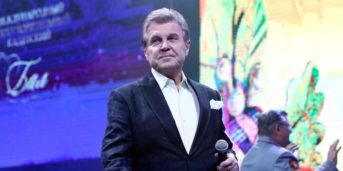 """""""Для человека в возрасте это сложно"""": Винокур о состоянии Лещенко в реанимации"""