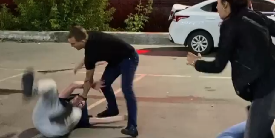 Житель Барнаула погиб, защищая инвалида от пьяных боксера и чемпионки мира по кикбоксингу