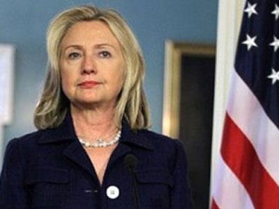 Хиллари Клинтон: Эдвард Сноуден должен отстаивать свои интересы в США