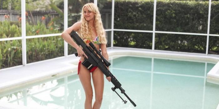 Банни Хантер: фанатка оружия с внешностью Барби