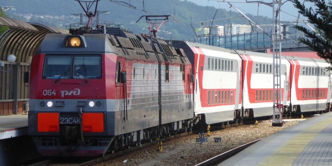 Петербург получит 88 млрд рублей на развитие железнодорожного транспорта