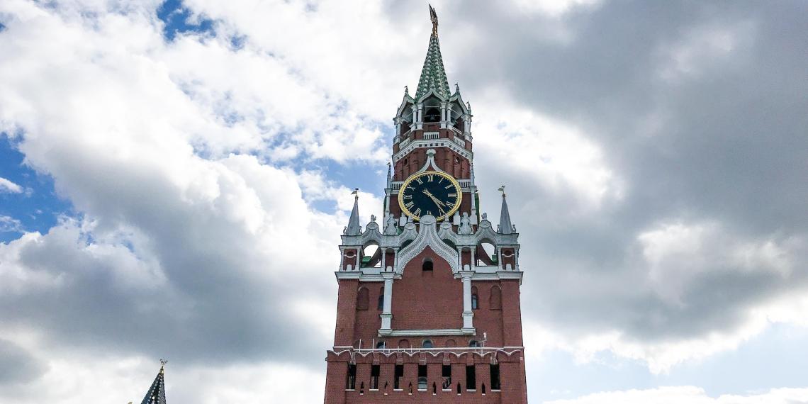 """Путин внес законопроект о почетном звании """"Город трудовой доблести"""""""