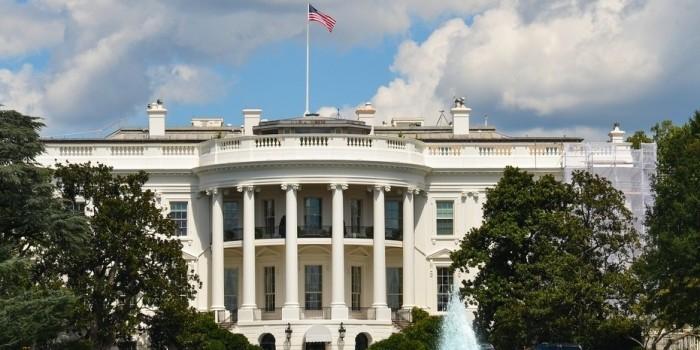 Обама выступил против новых антироссийских санкций