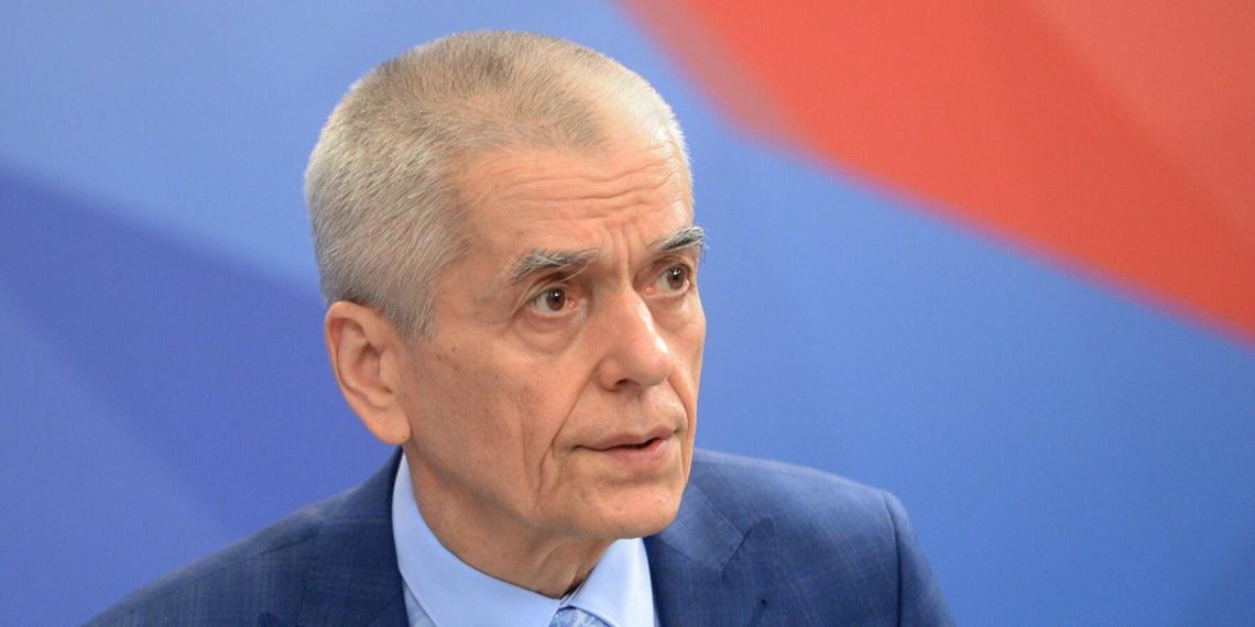 Онищенко призвал наказывать блогеров-антипрививочников за дезинформацию