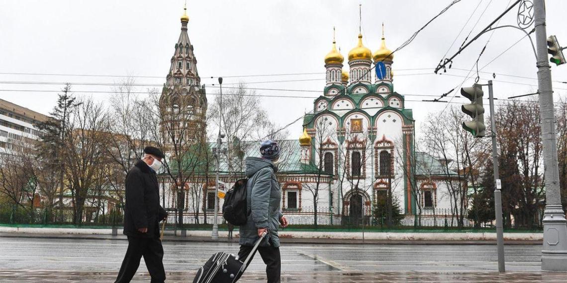 """Мясников отметил Москву на фоне """"погрузившейся во мрак"""" Европы"""