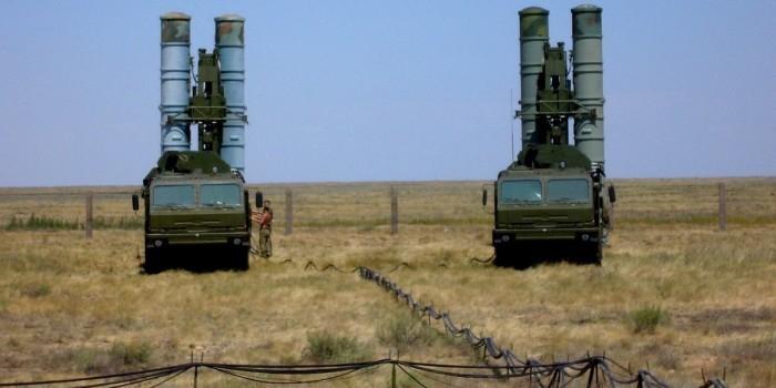Минобороны РФ в августе разместит в Крыму полк С-400