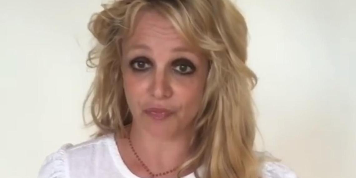"""""""Чем они тебя пичкают?"""": испуганная Бритни Спирс встревожила фанатов"""