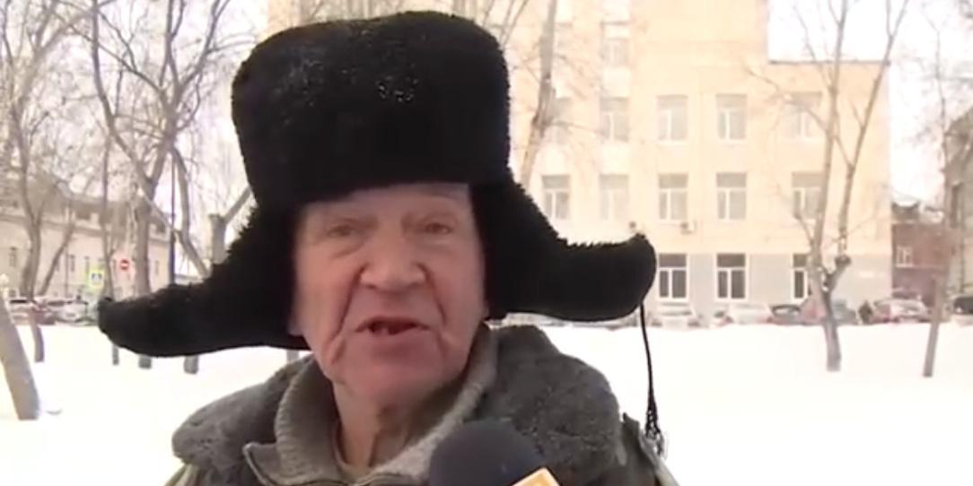 70-летний дворник-эрудит из Томска покорил россиян, порассуждав о любви на трех языках