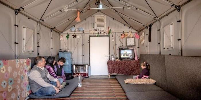 Швейцария обязала беженцев платить за проживание в стране