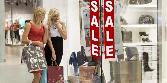Социологи выяснили, что женщины-шопоголики чаще занимаются сексом