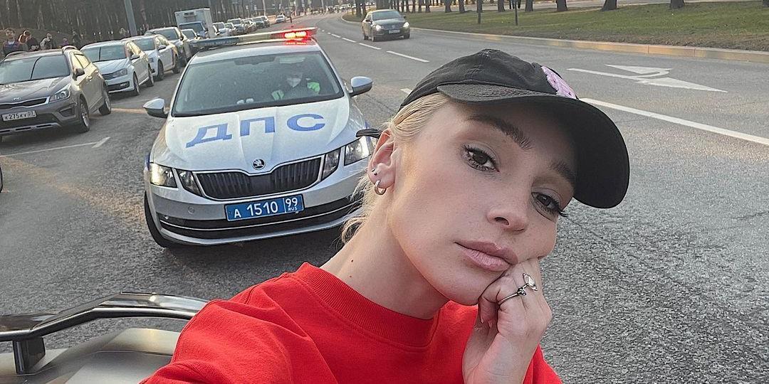 """Что вам, закон не писан?"": Настю Ивлееву снова остановили сотрудники ГИБДД и забрали ее Lamborghini"