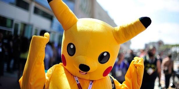 Британки ограбили соседа и заставили его танцевать тверк в костюме покемона