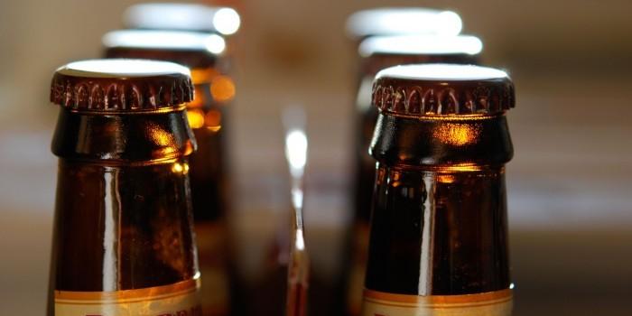 Двое жителей Волгоградской области украли и выпили 1300 бутылок пива