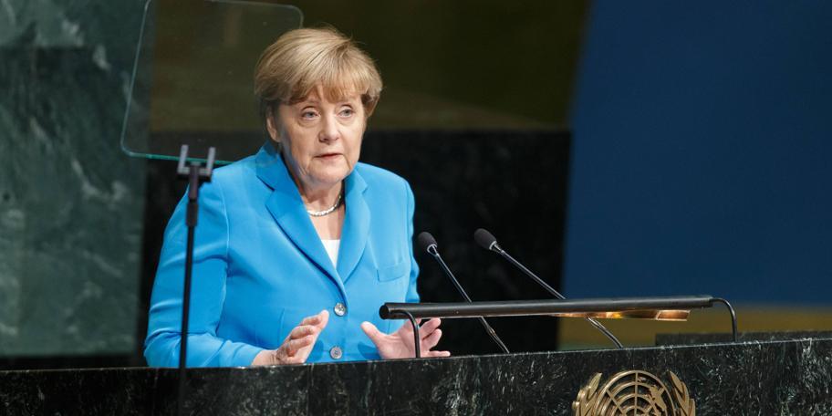"""Меркель призвала провести реформу """"не поспевающей за своими идеалами"""" ООН"""