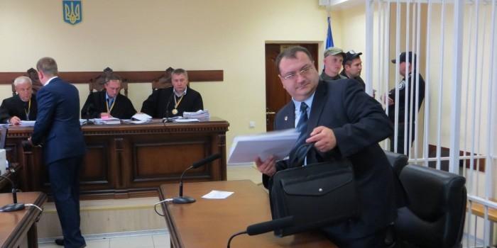 """Адвокат """"спецназовца ГРУ"""" объяснил срочный отъезд из Украины в Египет"""