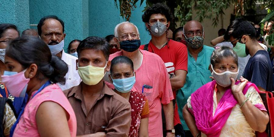 В Индии установлен мировой антирекорд по суточному приросту зараженных COVID-19