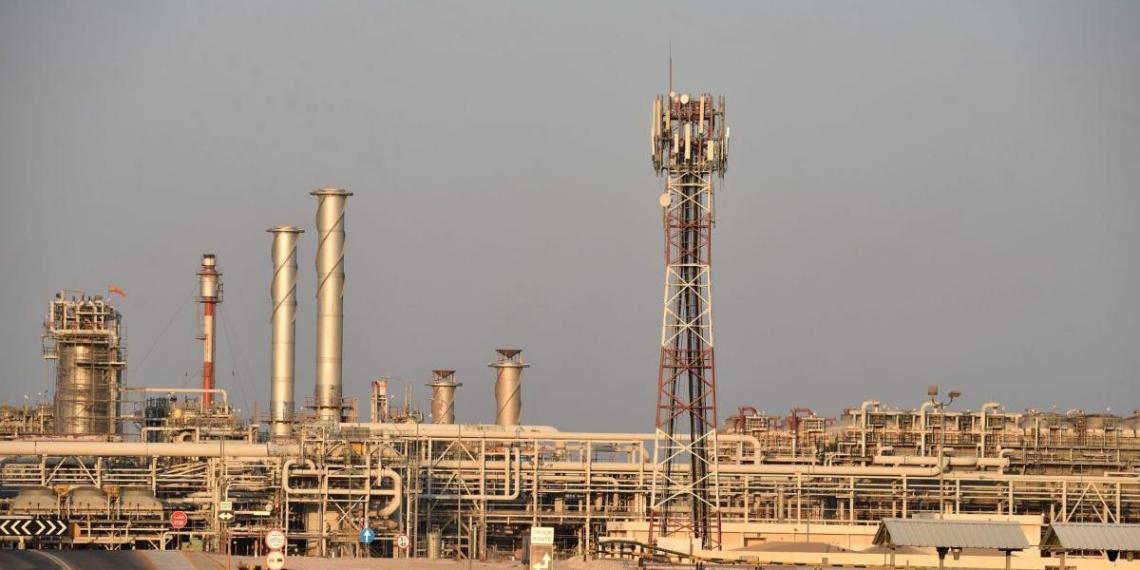 Саудовская Аравия готовится к восстановлению прежних цен на нефть