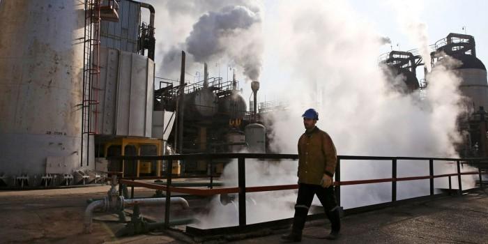Иран увеличил экспорт нефти в преддверии встречи со странами-экспортерами