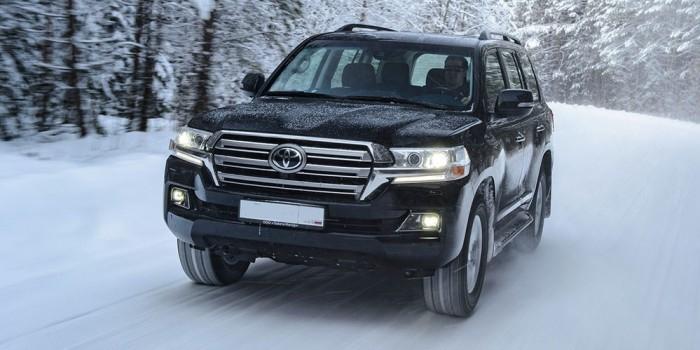 У безработных москвичей за день украли Land Cruiser и Lexus общей стоимостью 8 млн рублей
