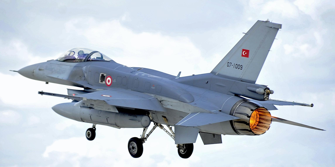 Президент Армении заявил об участии в карабахском конфликте турецких F-16