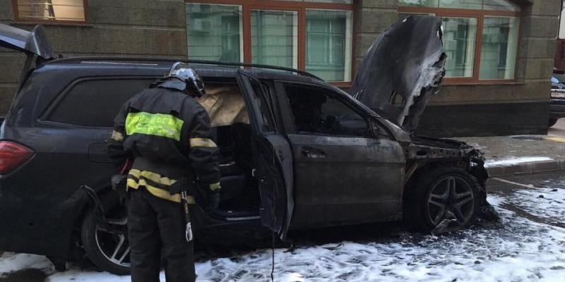 Поклонская прокомментировала поджог машин у офиса адвоката режиссера Учителя