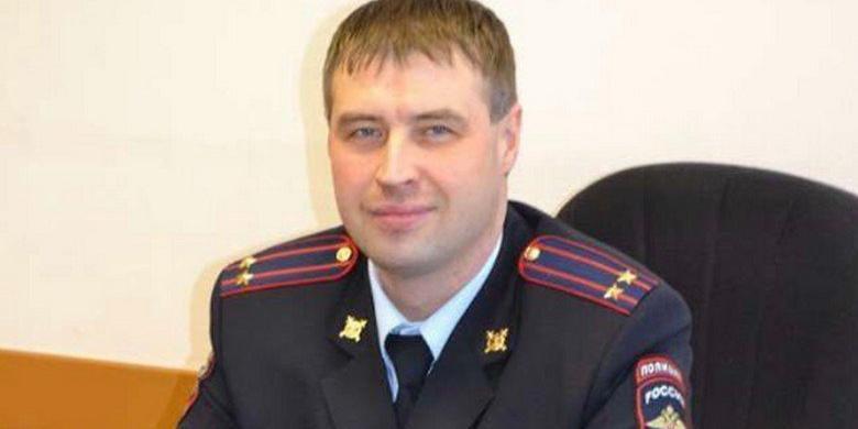 Архангельские полицейские вместо работы строили начальнику баню