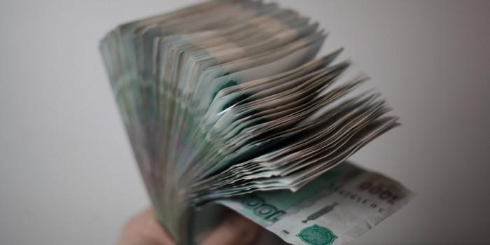 Долги по зарплате в России выросли на треть с начала года