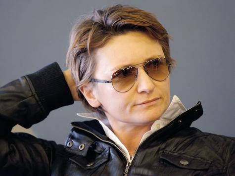 Арбенина соревнуется с Макаревичем по количеству отменённых концертов