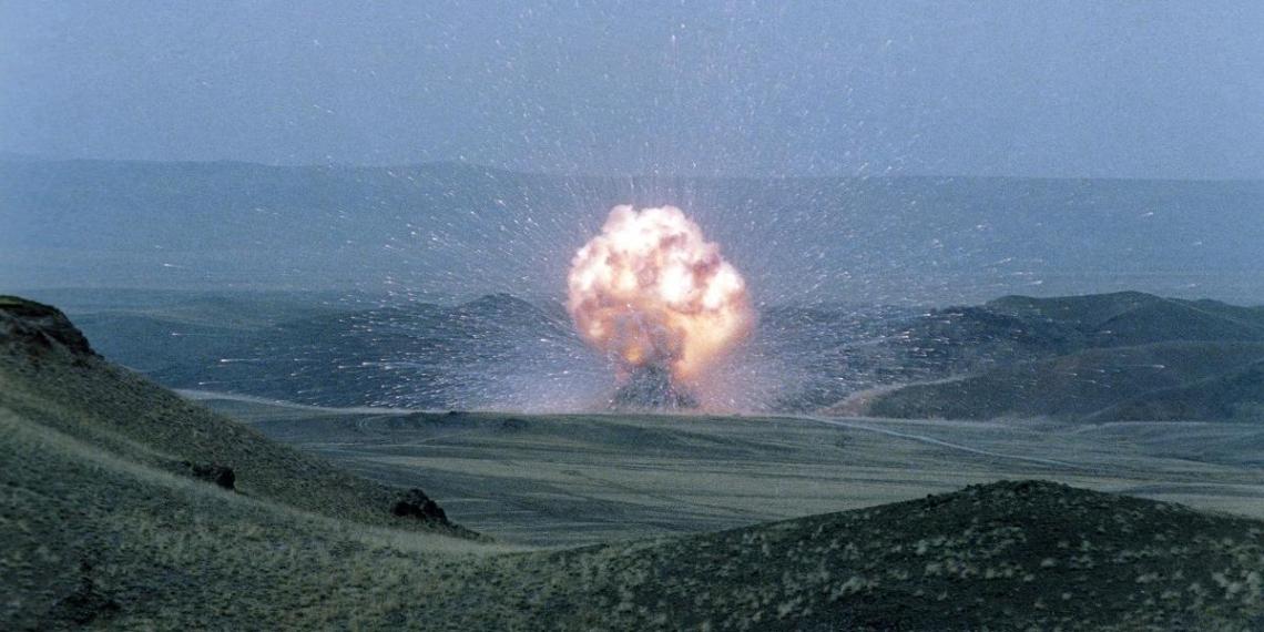 В Минобороны рассказали о начале экспериментов для подтверждения надежности ядерного боезапаса