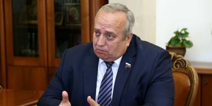 В Кремле одернули сенатора после слов о ядерном оружии