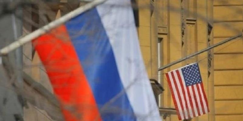 Bloomberg: из-за санкций российские предприниматели возвращают активы в банки РФ