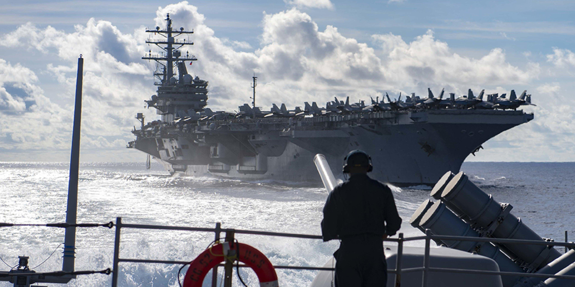 Американские моряки обнаружили под водой неопознанные быстродвижущиеся объекты