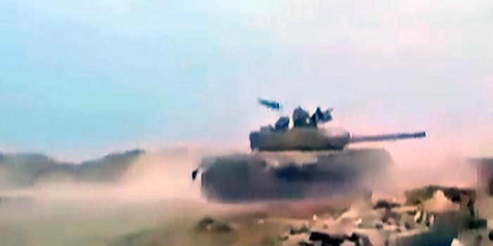 Советский танк в Сирии дважды уклонился от американских ракет