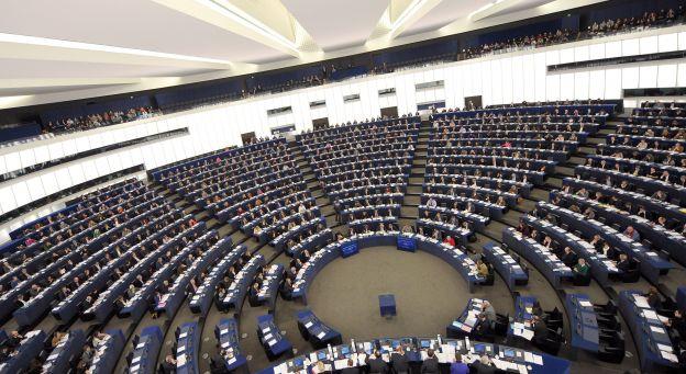 Вице-президент Европарламента Джанни Питтелла грозит санкциями властям Украины