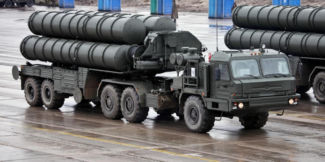 С-400 впервые пересек границу России ради учений
