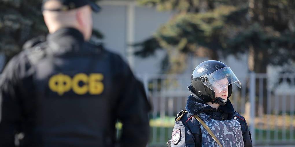 ФСБ задержала в Крыму украинских разведчиков, готовивших теракты
