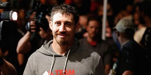 Американский боец UFC признался в убийстве женщин и детей в Ираке