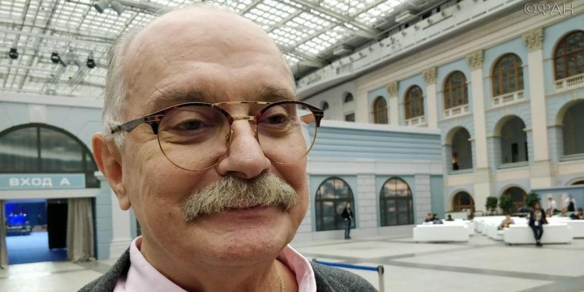 Михалков резко ответил на предложение Жириновского сократить гимн