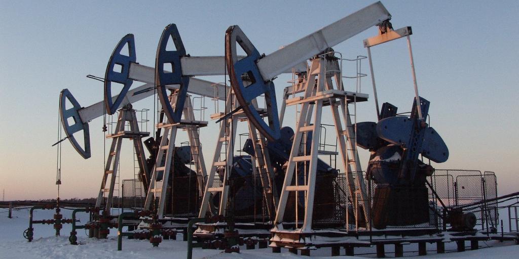 Рентабельных запасов нефти в России хватит еще на 21 год