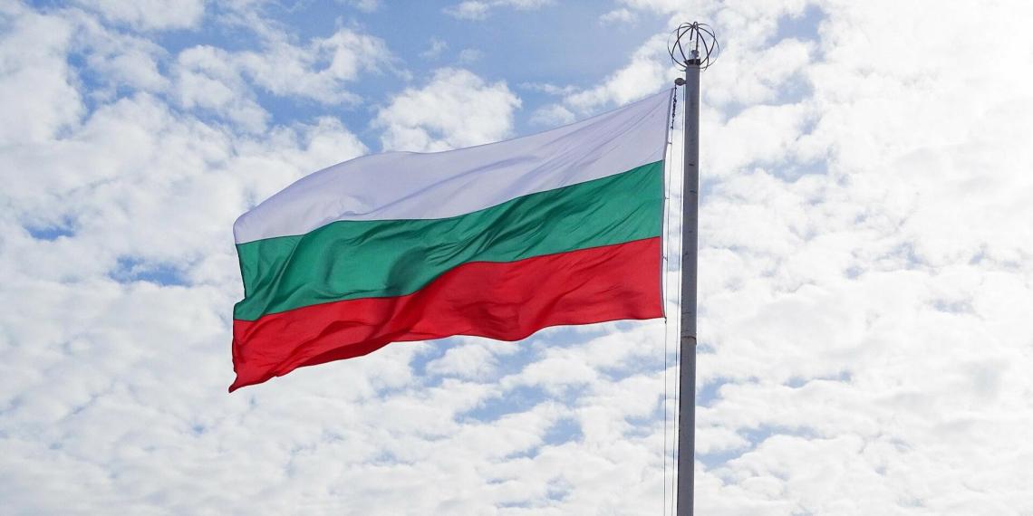 Власти Болгарии объявили российского дипломата персоной нон грата и попросили Москву о помощи