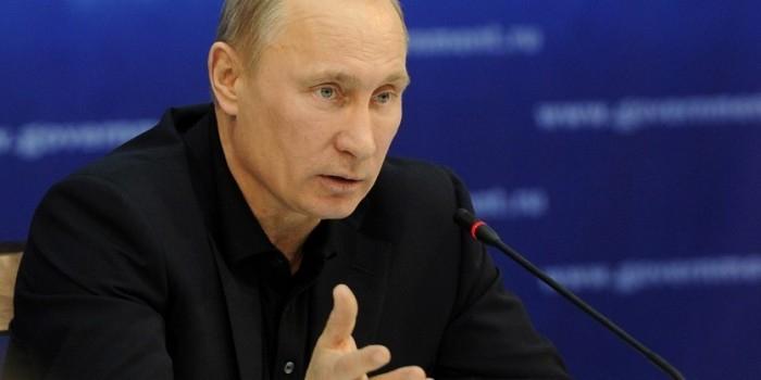 Владимир Путин планирует запретить чиновникам инвестировать за рубеж через доверительное управление
