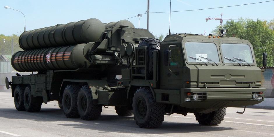 В Кремле прокомментировали критику российско-турецкой сделки по С-400 со стороны Запада