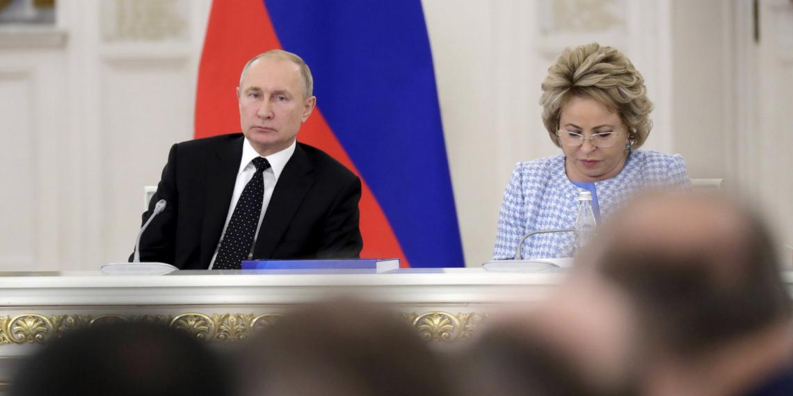 Госсовет в новом формате: как президент, губернаторы и эксперты задумали менять дороги в России