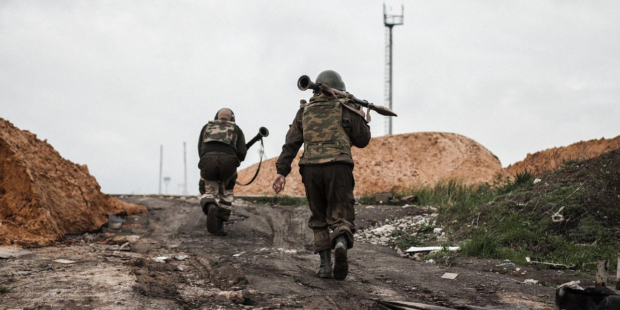 Озвучены потери добровольцев из России на Донбассе