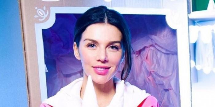Анна Седокова родила третьего ребенка в США