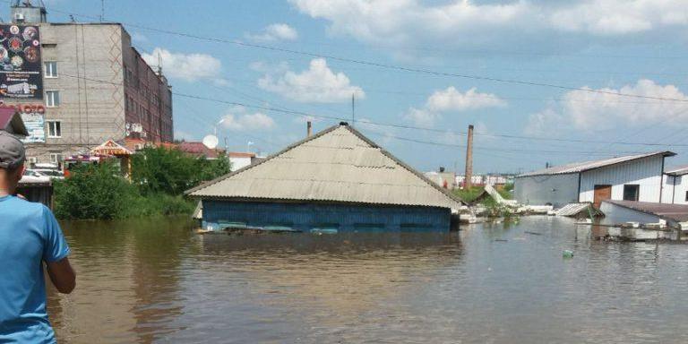 Чиновники пострадавших от паводка районов получат премии на 336 млн