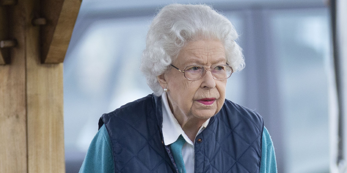 Королева Елизавета II подает в суд на Меган Маркл и принца Гарри