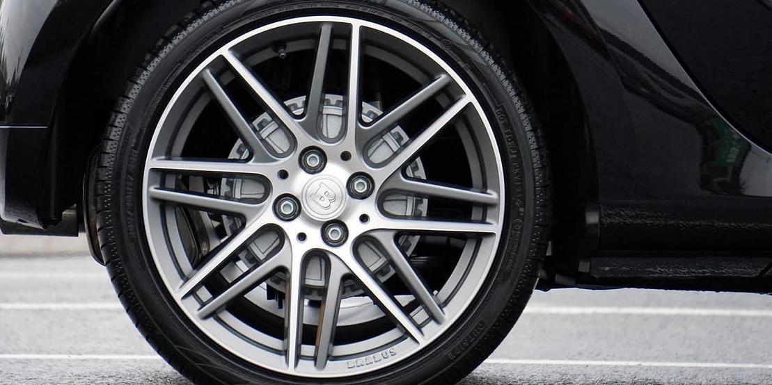 9 массовых машин попали под налог на роскошь