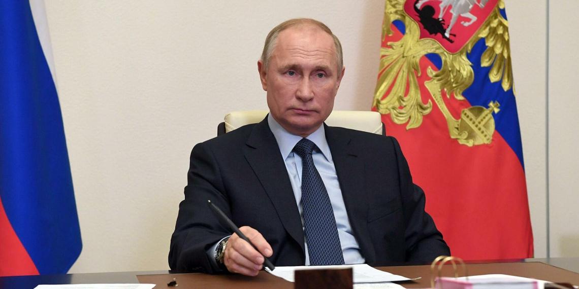 Президент заявил об изменении взаимоотношений граждан и государства под влиянием пандемии
