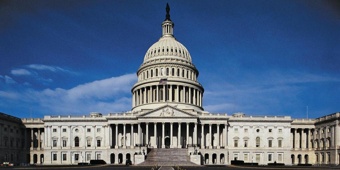 Сенаторы США предложили выделить сотни миллионов долларов на военную помощь Украине